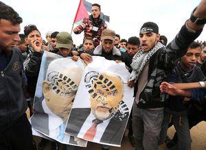 آتش زدن عکس نتانیاهو در نوار غزه