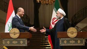 شوخی دیپلماتیک رؤسای جمهور ایران و عراق +عکس