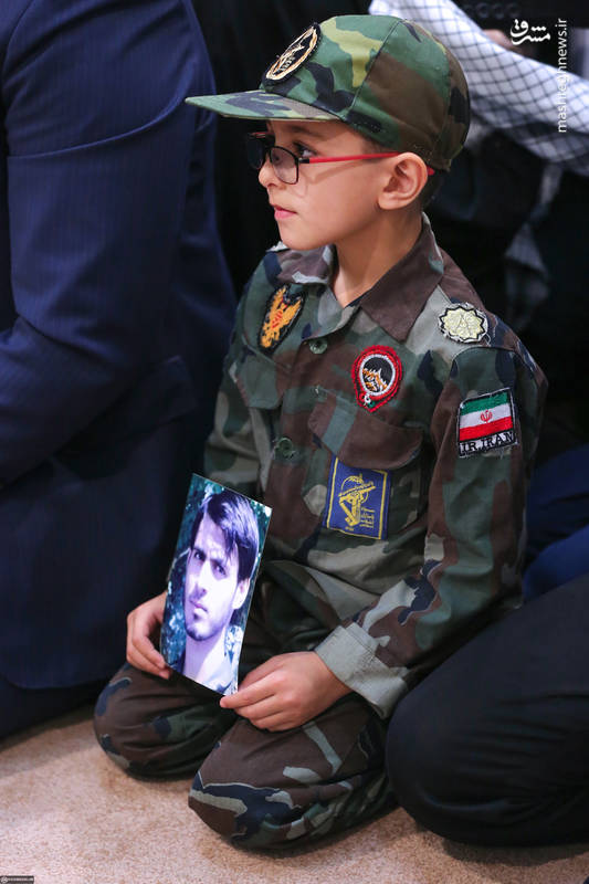 دیدار جمعی از خانوادههای شهدای امنیت با رهبر انقلاب