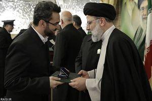 تبریک به آقای رئیسی که آستان قدس را فراجناحی میبیند +عکس