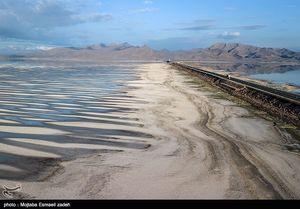 روایتی از ادعاهای روحانی درباره دریاچه ارومیه