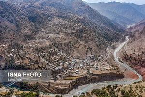 عکس/ جادههایی که مانع پیشرفت روستاها میشوند