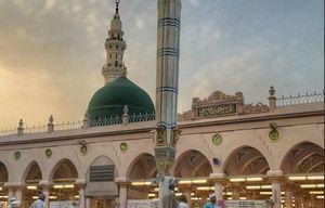 تصویر زیبا از گنبد و بارگاه رسول گرامی اسلام(ص)