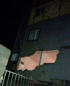 عکس/ خسارت زلزله در گیلانغرب