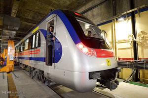 غربت فرهنگ در مترو
