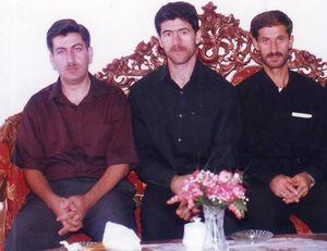 عکسهای کمیاب (۱۰۷)/ کریم باقریِ جوان در کنار ۲ برادرش