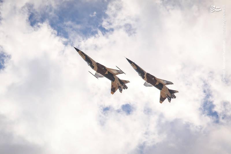 دو فروند جنگنده صاعقه نیروی هوایی ارتش