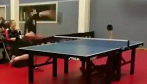 فیلم/ دفاع زیر میزی در تنیس روی میز!