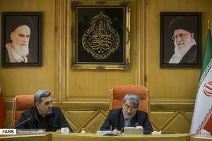 عکس/ اعطای حکم حناچی توسط وزیر کشور