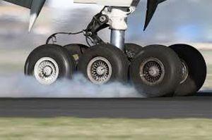 یک فروند هواپیما در فرودگاه تبریز دچار سانحه شد