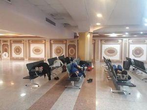 سرگردانی شبانه مسافران در فرودگاه مشهد +عکس و فیلم
