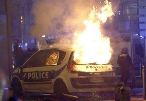 واکنش فرانسه به گسترش اعتراضهای دولتی