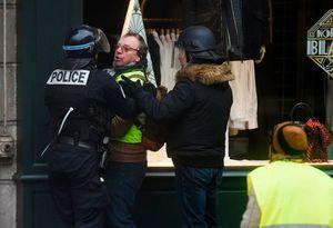 تشدید تدابیر امنیتی در آستانه تظاهرات جدید پاریس