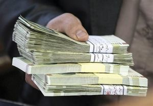حاجی بابایی:با مصوبه مجلس حقوقهای زیر ۴ میلیون نفع بیشتری میبرند