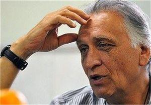 واکنش تند احمد نجفی به پیامک انتقادی یک مخاطب! +فیلم