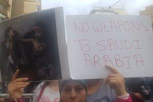 تحصن در برابر سفارت سعودی در بیروت +عکس