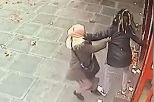فیلم/ ضربوشتم و سرقت از زن مسلمان در لندن!