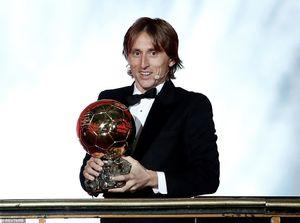 مودریچ مرد سال فوتبال جهان ؛مسی پنجم شد!/ام باپه برنده جایزه کوپا ۲۰۱۸+تصاویر