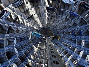 نمایی جالب از پارکینگ کارخانه «فولکس»