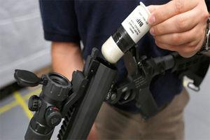 فیلم/ لحظه برخورد گلوله پلاستیکی به یک معترض!