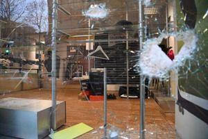عکس/ خیابانهای پاریس یک روز پس از تظاهرات
