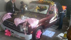 عکس/ ماشین عروس متفاوت در کرمان