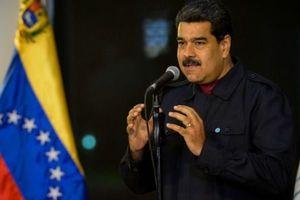 مادورو: آمریکا خیال کودتا علیه ونزئلا را دارد