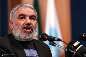 دستگیری و محاکمه چند عنصر خدمتگزار در تهران!/ لطفی که اصلاحطلبان در حق نظام دارند