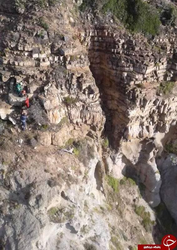سقوط مرگبار زن جوان پس از پرش برای عکس سلفی! + تصاویر//