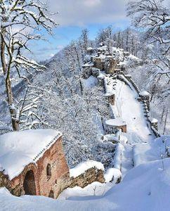 عکس/ چهره قلعه رودخان در زمستان