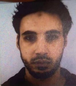عکس/ هویت عامل تیراندازی فرانسه شناسایی شد