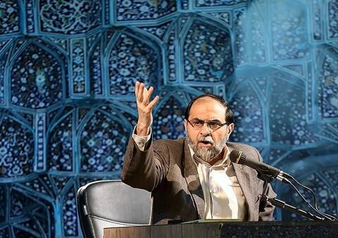 فیلم/ انتقاد رحیمپور از اعضای شورای انقلاب فرهنگی