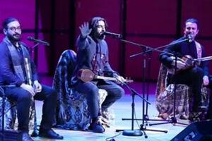 فیلم/ کنایه یک خواننده در کنسرت به خاوری و دولت کانادا