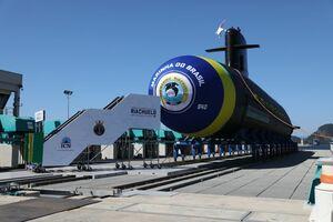 زیردریایی جدید برزیل به آب افتاد+عکس