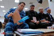 نقش باقری درمنی در سردستگی شبکه کلاهبرداری/ ترفند کلاهبردار بزرگ برای فراری دادن جزایری به ترکیه