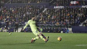 بارسلونا با درخشش مسی لوانته را درهم کوبید