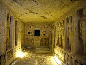 عکس/ کشف مقبره ۴۴۰۰ ساله مصری