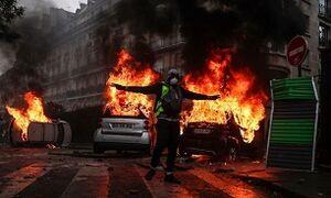دولت فرانسه آماده استفاده از سلاحهای شیمیایی علیه معترضان
