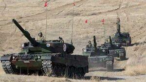پرواز جنگندهها و پهپادهای ارتش ترکیه برای انجام عملیات در شمال و شمال شرق سوریه/ شبه نظامیان کُرد با حفر خندق به استقبال ۱۵ هزار تروریست مورد حمایت آنکارا میروند + جزئیات، نقشه میدانی و عکس