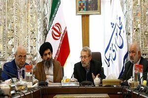 لاریجانی در جلسه با نمایندگان مستعفی اصفهان چه گفت