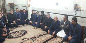 عکس/ دیدار وزیر آموزش و پرورش با خانواده قربانیان مدرسه زاهدان