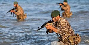 انجام تمرین تصرف تاسیسات توسط تکاوران سپاه