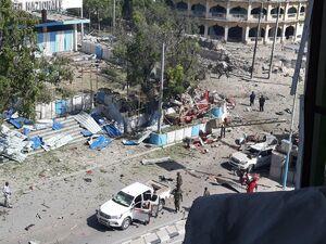 عکس/ انفجار در نزدیکی کاخ ریاستجمهوری سومالی