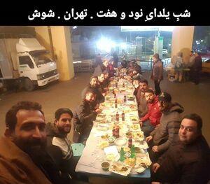 عکس/ سلفی یلدایی هادی حجازیفر در محله شوش