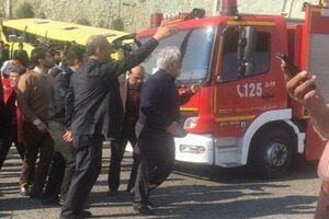 جزئیات حادثه واژگونی اتوبوس در دانشگاه آزاد/ ۸ دانشجو کشته شدند/ دو احتمال درباره وقوع سانحه +عکس و فیلم