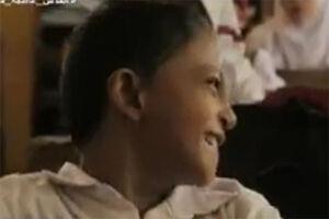 فیلم/ همت باورنکردنی دختر معلول اندونزیایی!