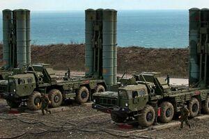 """فیلم/ استقرار """"اس-۴۰۰"""" روسیه در مرزهای مشترک با ناتو"""