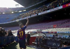 مدافع والنسیا رسما به بارسلونا پیوست