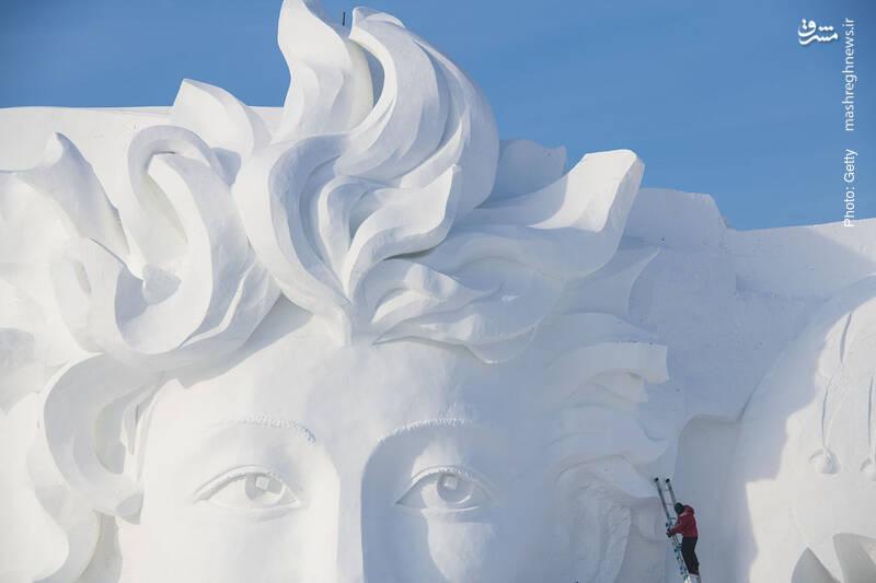 نمایشگاه بینالمللی مجسمههای برفی در هاربین چین