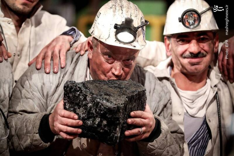 خبرها حکایت از بستهشدن آخرین معدن زغالسنگ در آلمان دارد و این هم آخرین زغالسنگی است که استخراج شده است.